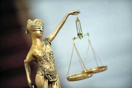 Răspunsul conducerii FLLS în legătură cu noua lege a traducătorilor