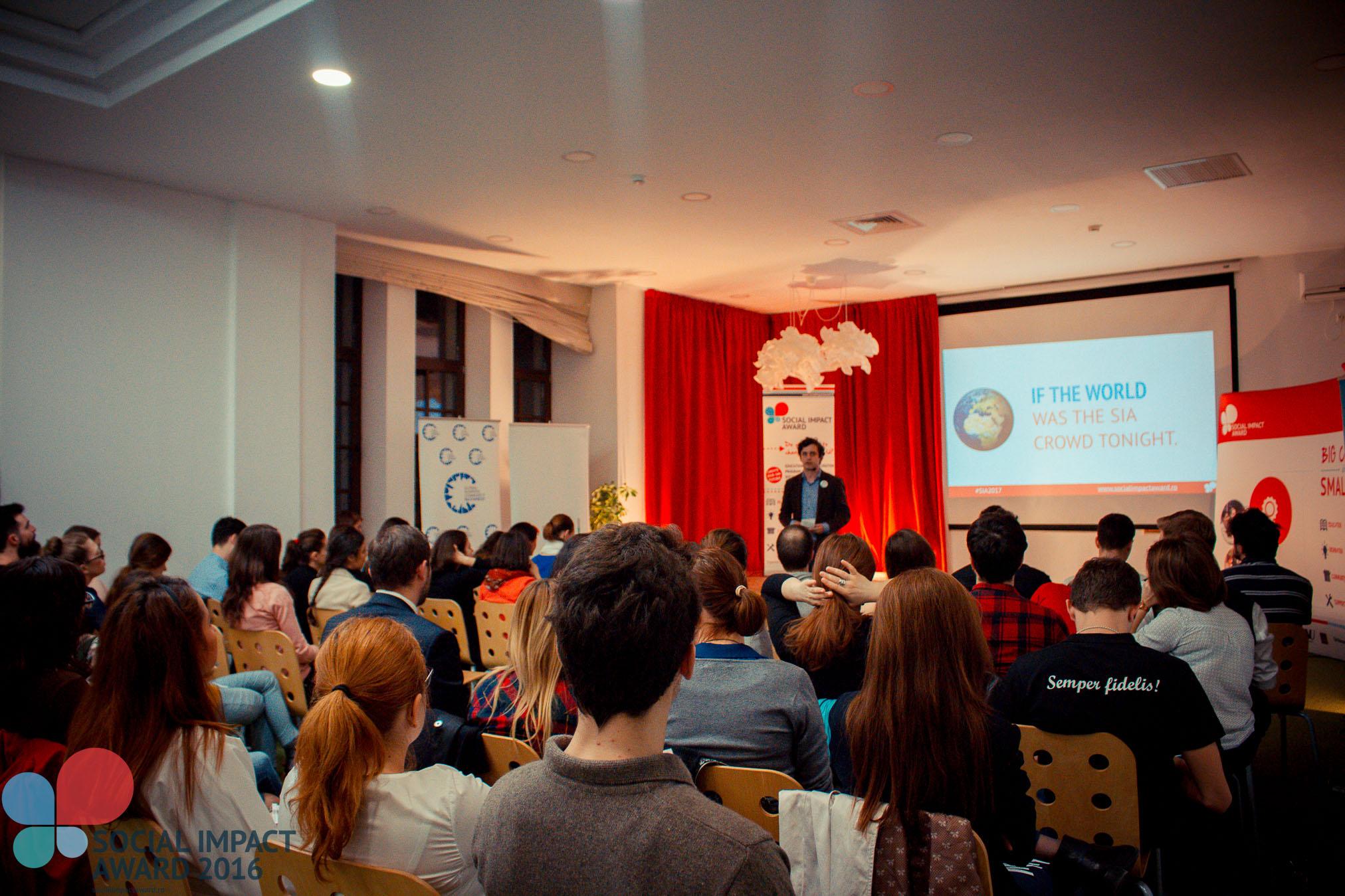 Social Impact Award caută tineri români cu idei de afaceri sociale!